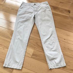 Vineyard Vines khaki casual pants.  Men's 32/32